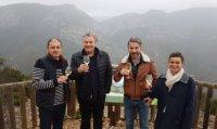 Eric, Roman, Birger et Nathalie le jour de la signature en février 2020 - mas conscience