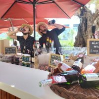 Rosa et Jean - Terrasse d'été, bar à vins d'été - Trinquefougasse O'Sud