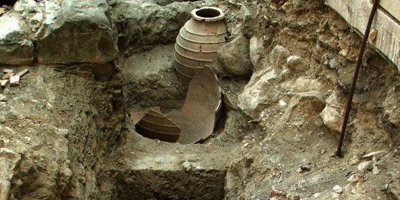 Dikili Tash - jarres de vin de 6000 ans