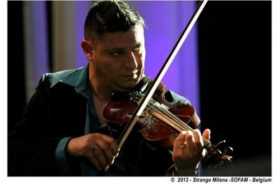 Paul Guta au violon © (c) STrange Milena