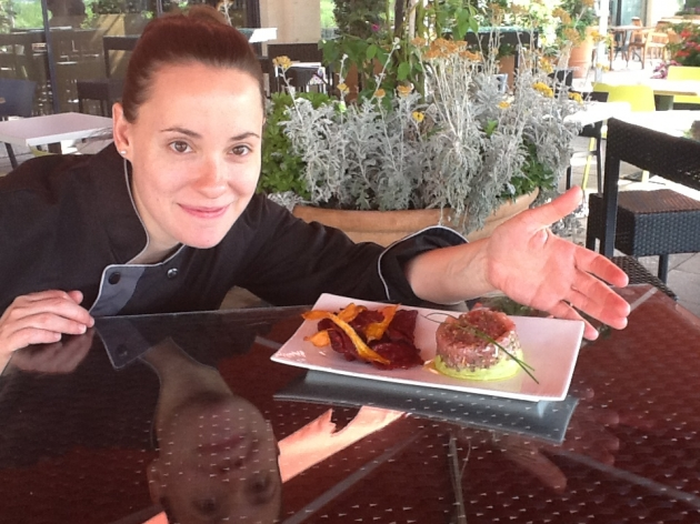 Rosine Pelletier et son tartare de thon multicolore