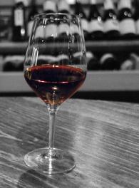 Vin blanc et rouge - bar à vins